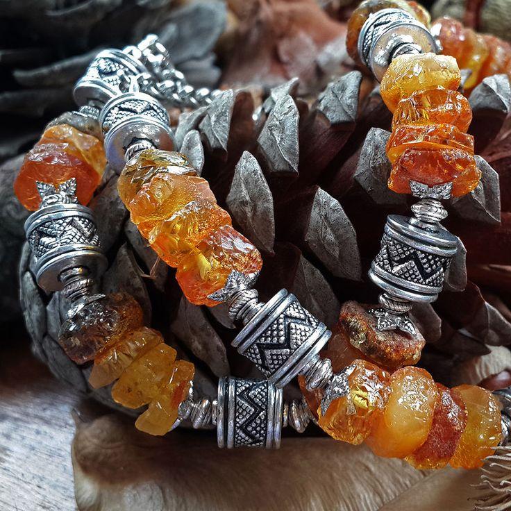 Купить Колье из необработанного янтаря Медовые цукаты - янтарное колье, янтарные бусы, янтарное ожерелье