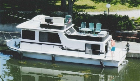 1997 Coastal Cruiser 13' x 36'  $55,900