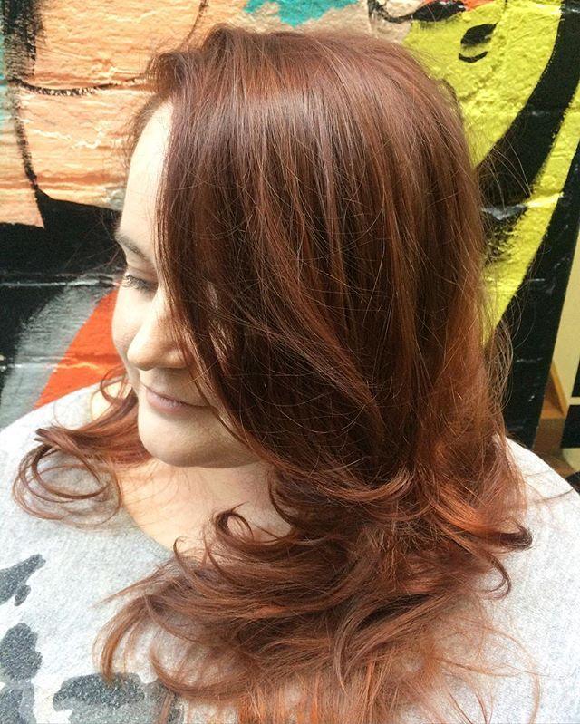 Fresh new cut and colour to brighten up today  Cut• Jaime Colour • Sarah @toniandguyau @toniandguyperth #WellaProANZ #WellaHair #labelmau #Short #Feminine #BlowDry #UnderCut #Grey #Balayage #Beautiful #ColourBomb #Peach #Pink #Wavy #Waves #Natural #Bob #StraightHair #Hair #PerthHair #Hairdressing #Perth #WolfeLane #Laneway #Style #Ladies #HairStyle #Fashion #InstaHair #PerthSalon #WolfeLane