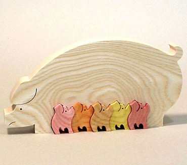 5 little pigs and mother