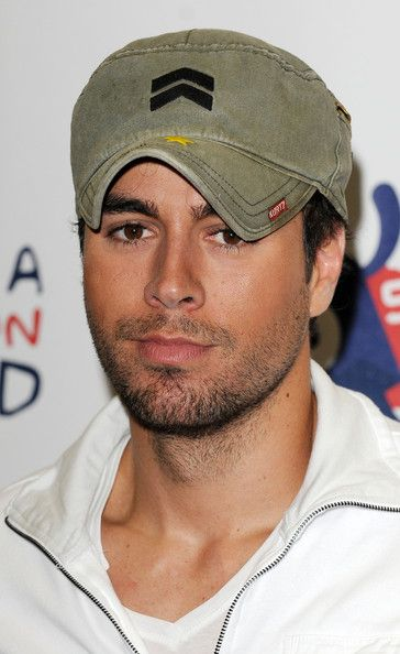 Enrique Iglesias Photos - Capital Radio Summertime Ball -Inside Arrivals - Zimbio