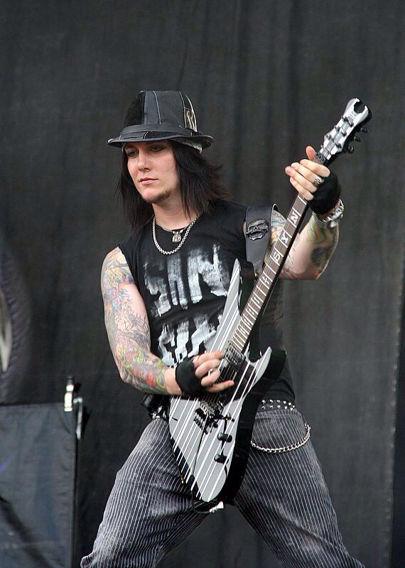 Cool N Cute Wallpapers Synyster Gates Live In 2019 Synyster Gates Gate