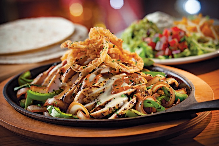 Smoky Chipotle Chicken Fajitas: Sizzling grilled chicken, sauteed ...