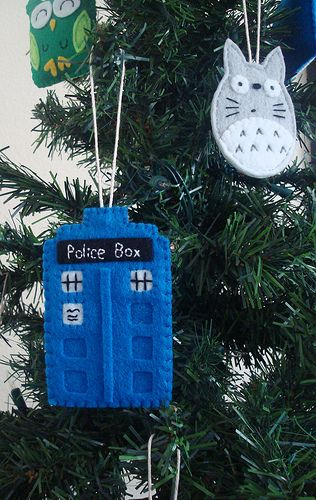 Dr. Who Tardis AND Totoro Felt Ornaments - this would so be Emily's Christmas tree!