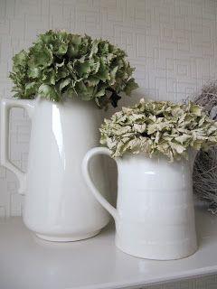 De Hortensia vind ik een prachtige bloem en je kunt hem ook nog eens goed drogen.  Zo heb je extra lang plezier van deze mooi bloem.  Er sta...