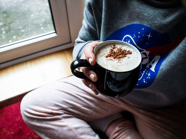 Kaneli-vaahterasiirappi latte | kahvi | resepti | syksy | autumn | fall | coffee | pyjama