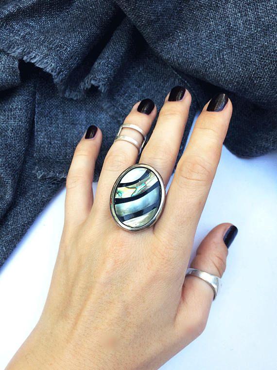 Ring with nacre beautiful ring big natural nacre christmas