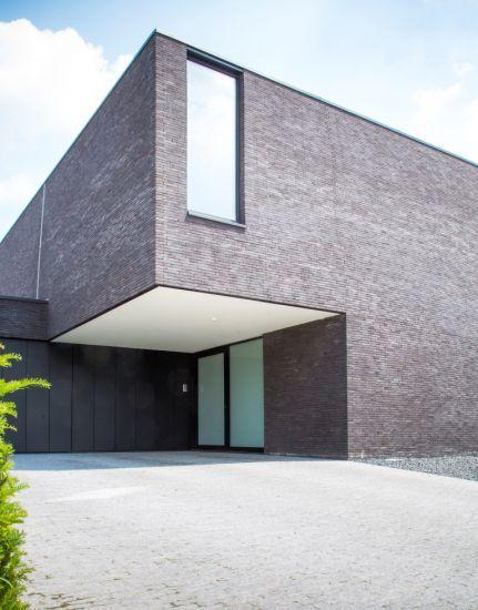 Meer dan 1000 idee n over moderne gevels op pinterest gevels moderne huizen en smal huis - Decoratie gevel exterieur huis ...