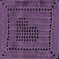 slanted heart square: free pattern