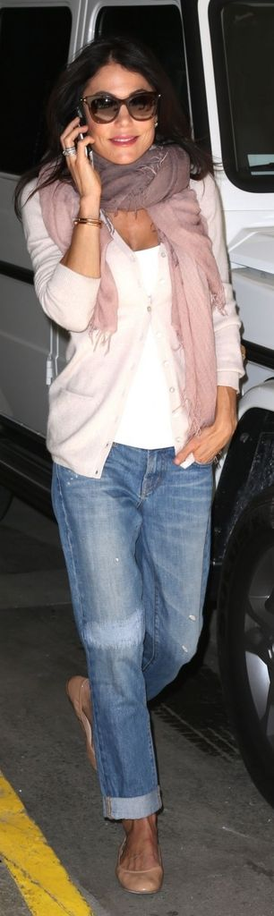 Bethenny Frankel in boyfriend jeans - I do not like her , but love scarf and sweater