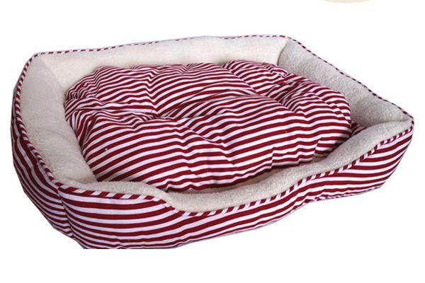 Medium Sailar Red Stripe Dog Bed