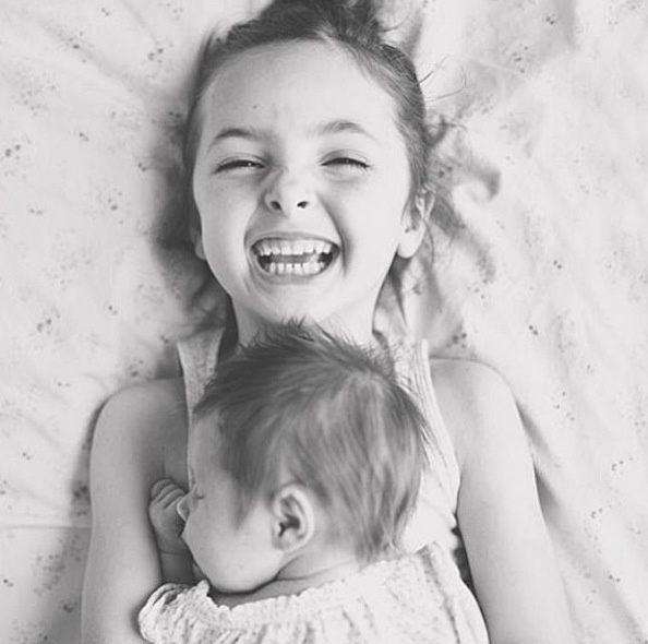 Siblings Newborn Photo Idea