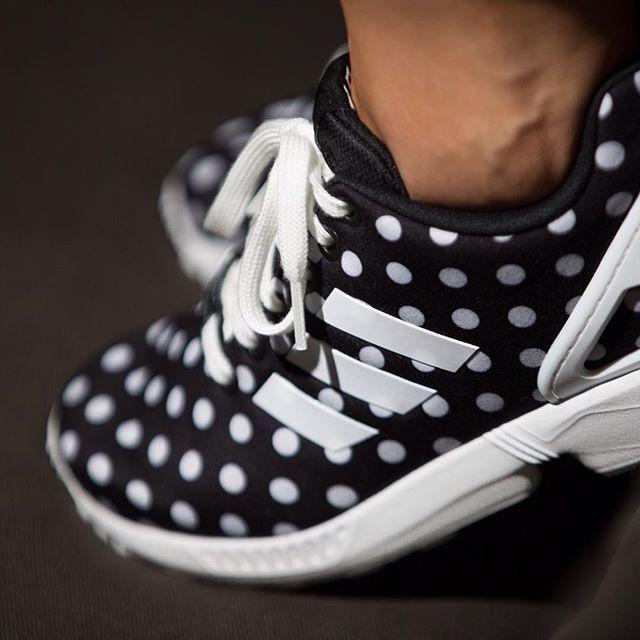 adidas ZX Flux W (schwarz / weiß) - 43einhalb Sneaker Store Fulda