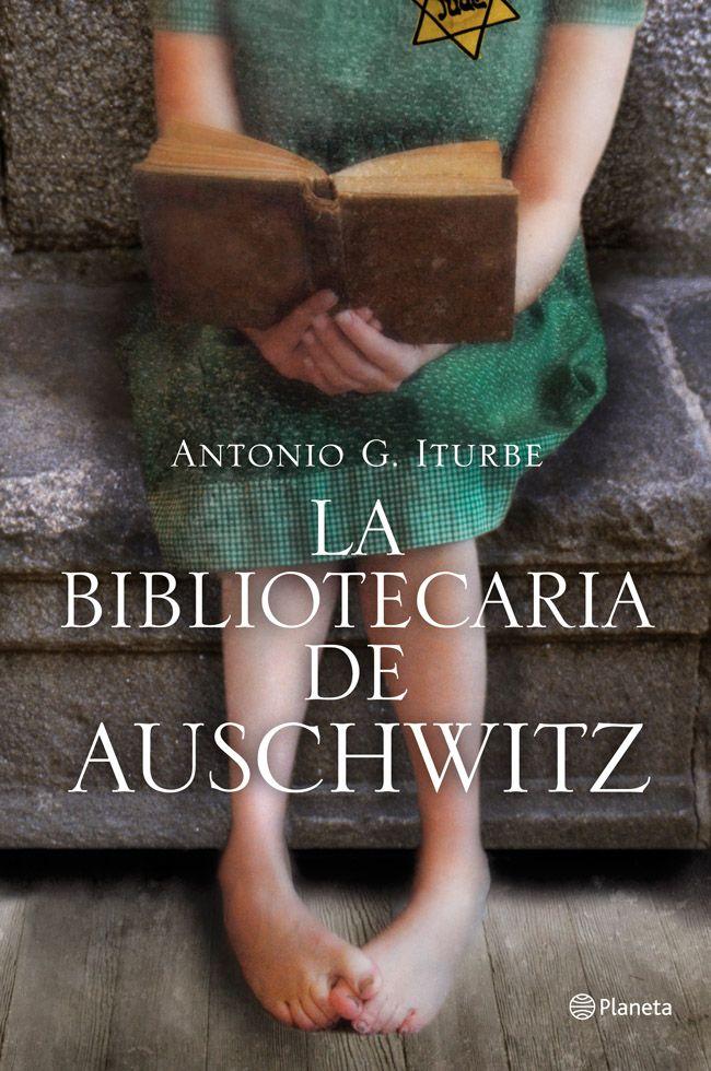 Eran los campos del horror. Era el infierno. Pero una niña les devolvió a todos la esperanza. http://www.planetadelibros.com/la-bibliotecaria-de-auschwitz-libro-68894.html