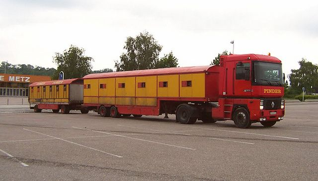 renault + lion trailers cirque pinder | Flickr - Photo Sharing!