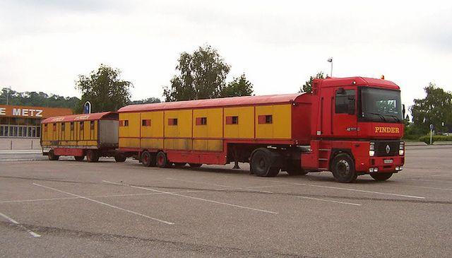 renault + lion trailers cirque pinder | Flickr - Photo Sharing!