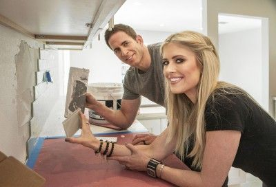 'Flip or Flop' stars Tarek, Christina El Moussa under fire after complaints about their flipping classes - The Orange County Register