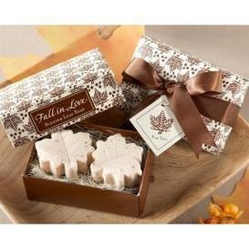 homemade wedding favor, leaf soap