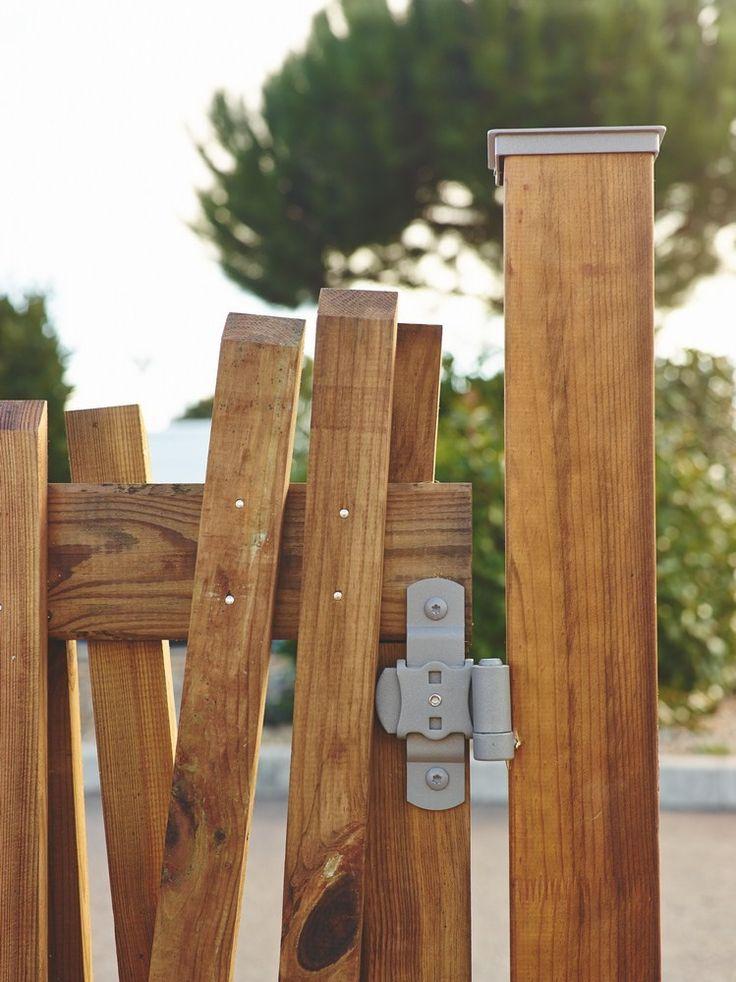 Les 25 meilleures id es concernant portillon bois sur for Portillon jardin bois