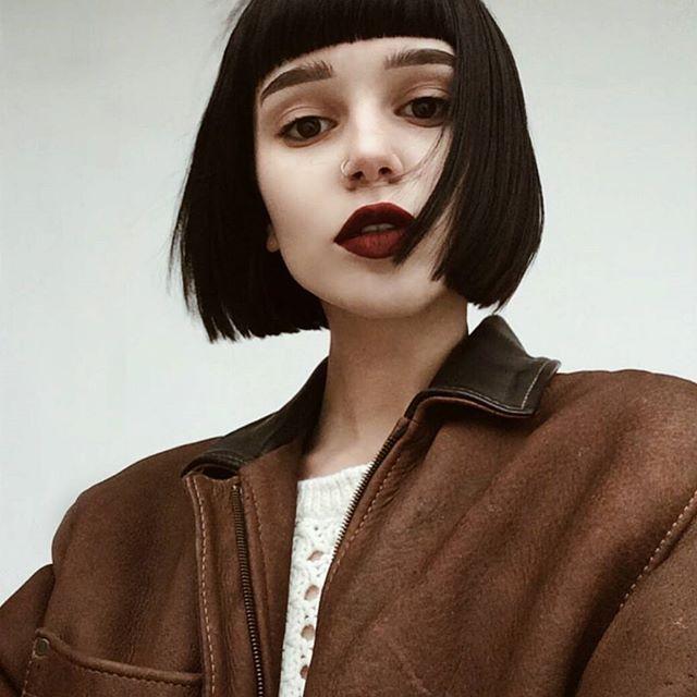 @b.fp #hair #hairstyle #darkhair #blackhair #shorthair #cute #girl #hairgoals #hairideas #hairinspo #grunge #grungegirl #grungestyle #eyebrowsonfleek #lips #lipstick #redlips #makeup #photo #portrait #amazing #piercing #nostril #nostrilpiercing