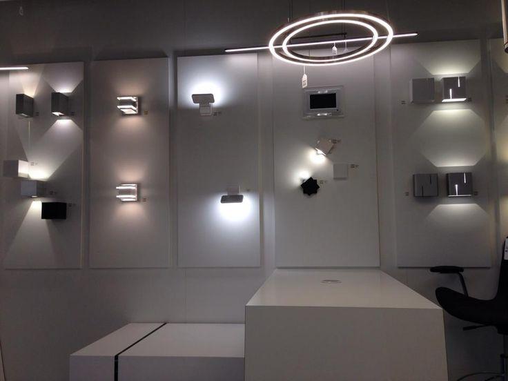 96 best images about showroom winkel interieur verlichting keuken woonkamer slaapkamer - Model van interieurdecoratie ...