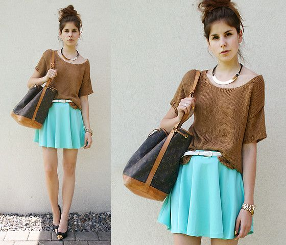 love the mint skirt and there's something about this colour combo that i actually dig.