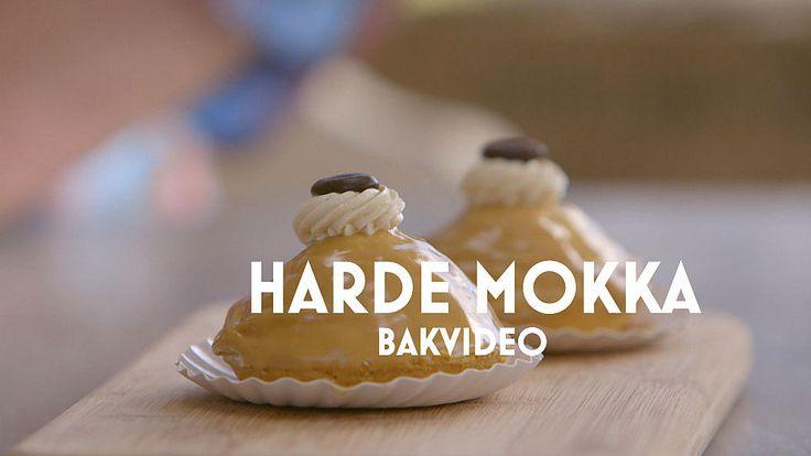 Harde Mokka's van Robèrt. Gelukkig legt hij in een speciale bakvideo uit hoe je deze lekkere gebakjes maakt. #HHB #HeelHollandbakt #HHBrecepten #HeelHollandbaktrecepten