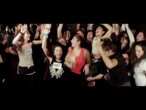 Gepe - Bailar bien, bailar mal (video oficial) - YouTube