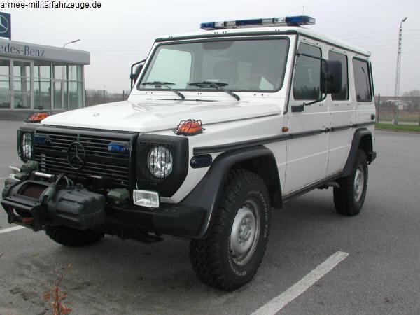 www.xn--armee-militr-fahrzeuge-b5b.de gebraucht_wagen_fahrzeuge gebrauchtwagenhaendler_2 mercedes_benz_280_ge_military-police_3.jpg