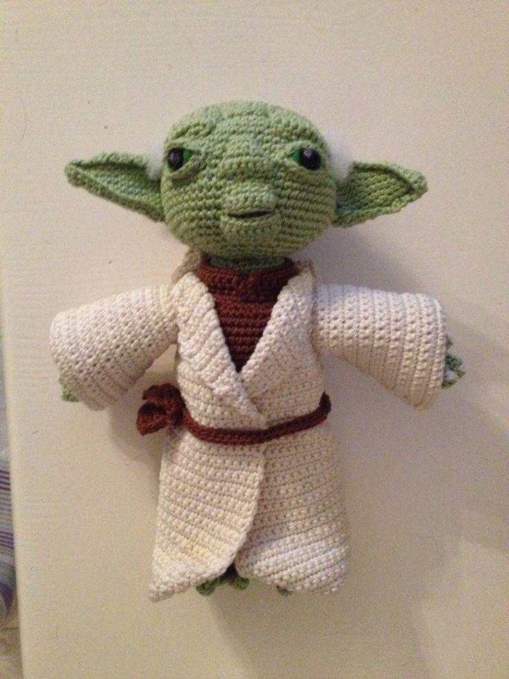 Free Yoda Amigurumi Patterns : 1000+ images about Haken/Crochet Yoda on Pinterest Free ...