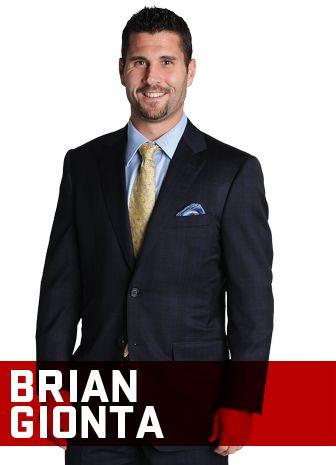 Brian Gionta pose pour l'Annuel 2013-2014 du Magazine CANADIENS. / Brian Gionta poses for the 2013-14 CANADIENS Yearbook. #Habs