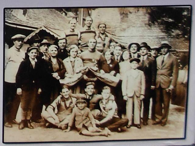 #Biciklisti #Budućnosti i članovi uprave posle trke 1933.godine #zrenjanin #nagybecskerek https://flii.by/file/vwadhfqio7e/