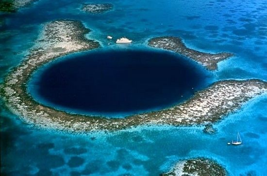 The Great Blue Hole is located in Belize Barrier Reef ...