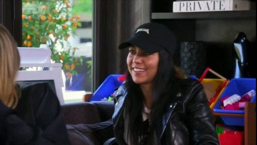 Keeping Up with the Kardashians S12E04 - KUWTK S12E4 Keeping Up with the Kardashians S12E04 - KUWTK S12E4