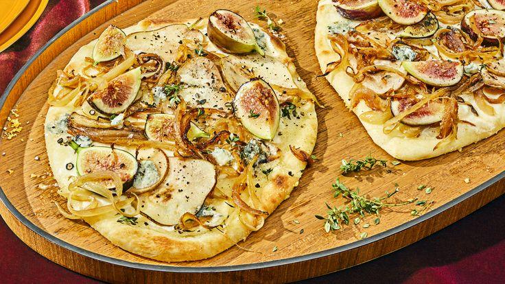 Chobani® | Fig, Pear, and Caramelized Onion Flatbread Recipe | Chobani®