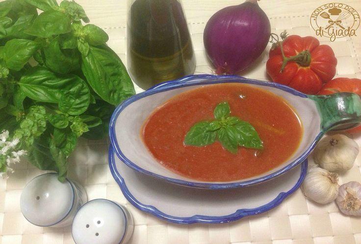 Salsa di pomodoro fresco al basilico