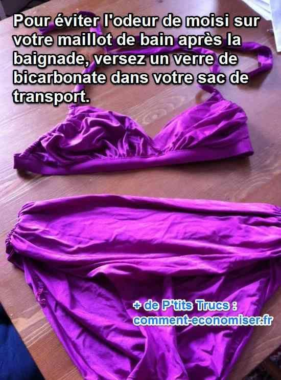 Il existe un truc simple pour éviter l'odeur de moisi sur votre maillot de bain. L'astuce est de mettre du bicarbonate dans le sac où vous le transportez. Regardez :  Découvrez l'astuce ici : http://www.comment-economiser.fr/odeur-sur-maillot-de-bain.html?utm_content=buffer0344d&utm_medium=social&utm_source=pinterest.com&utm_campaign=buffer