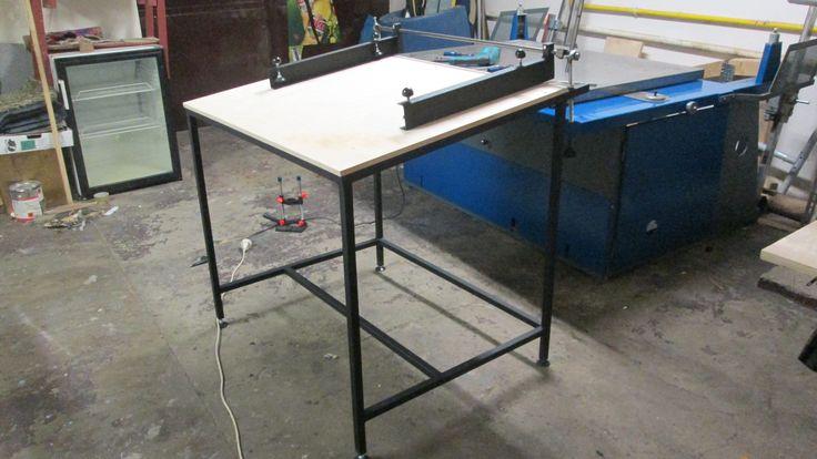 vakuový tiskový stůl
