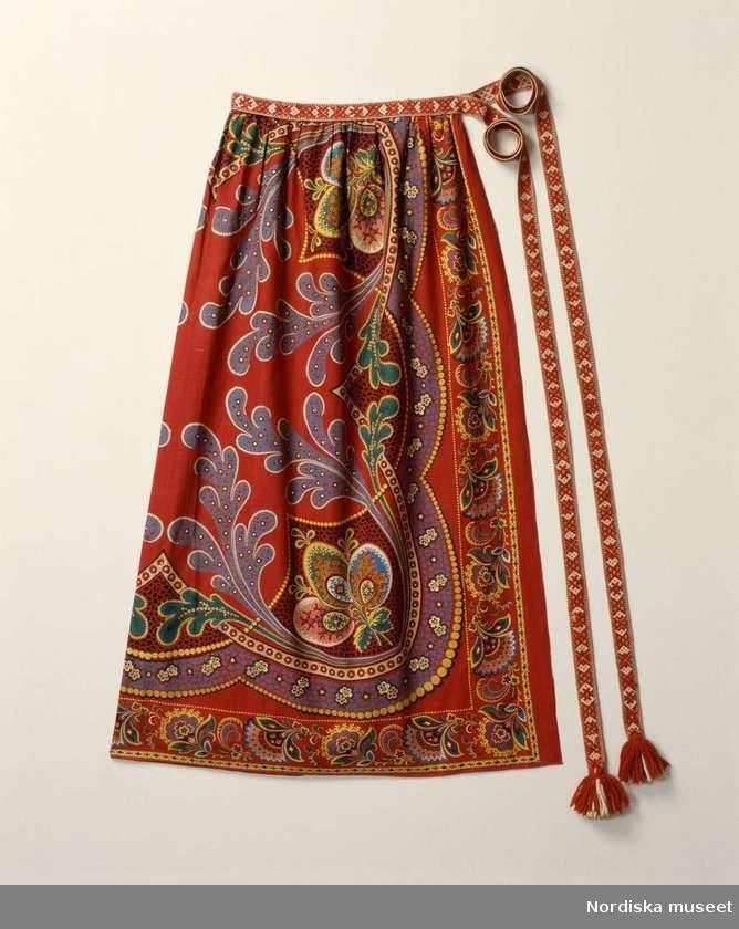Förkläde, Järvsö socken, Hälsingland | Nordiska museets fotoateljé