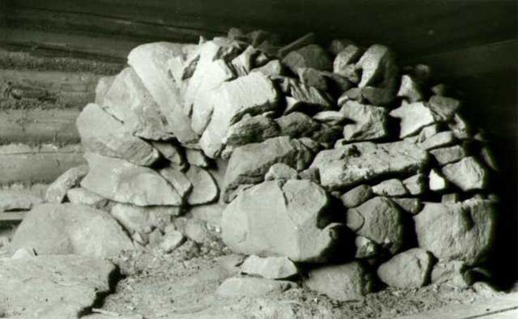 Steiner, antagelig til oppvarming av badstu, Sæterbakken, Grue Finnskog, Grue, Hedmark.