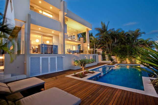 Plenty Of Outdoor Living Space To Enjoy Your Gold Coast Holiday