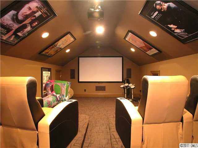 ok so while my overall aesthetic would be totally different this is still a attic man - Man Caves