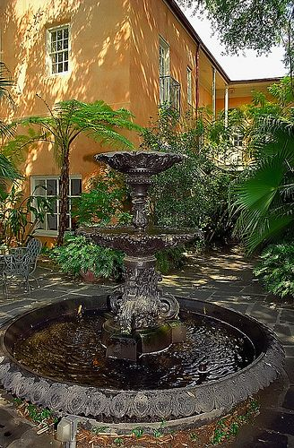 """New Orleans - French Quarter Courtyard - """"Lewis-Baus House"""""""