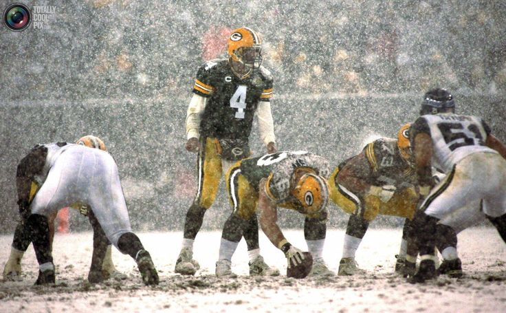 Image detail for -green bay packers quarterback brett favre c calls a play as heavy snow ...
