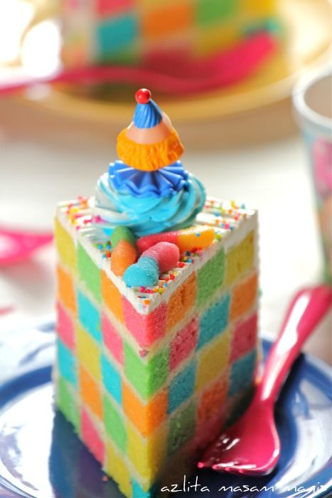 CHECKERED RAINBOW CAKE recipe