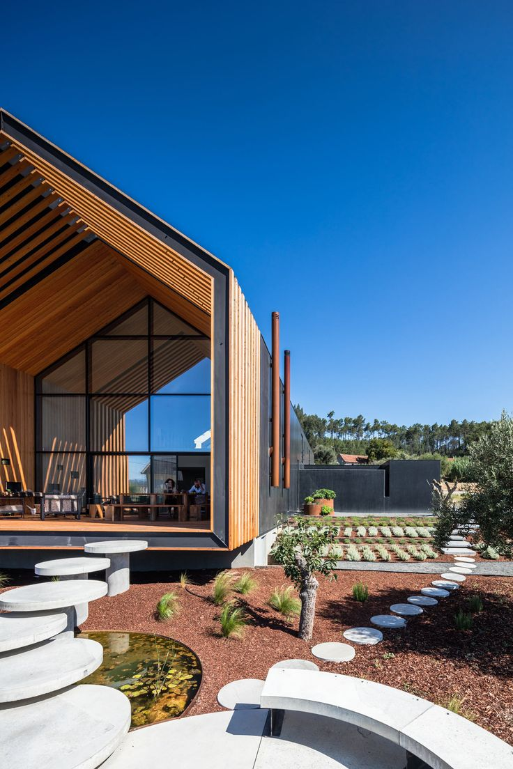 Queensland australia 7 modern home design ideas lakbermagazin - House In Our M By Filipe Saraiva Arquitectos