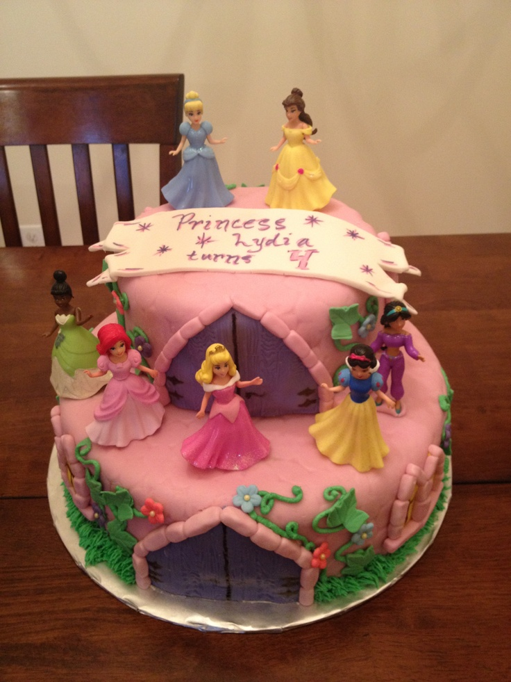 Disney Cake Designs Princesses : Disney Princess Cake Serra bday party ideas Pinterest ...