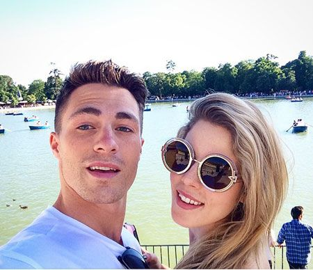 Is the Arrow Actress Emily Bett Rickards Dating someone? Who is her Boyfriend?