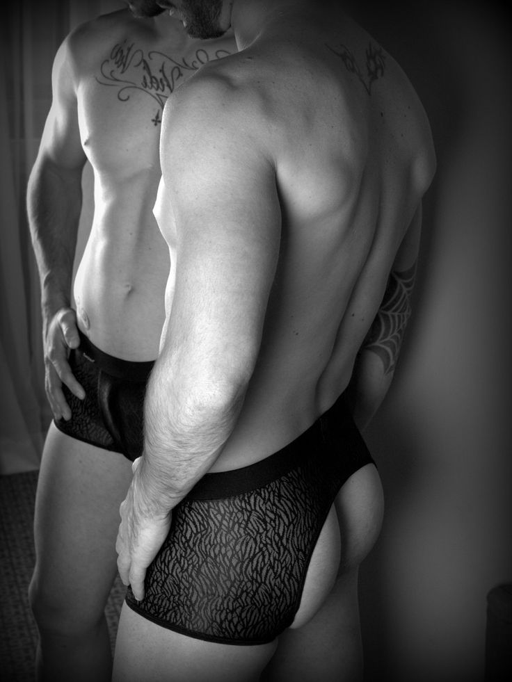 """Le """"BAD BOY"""" par SANS-GÊNE Lingerie. Marque créateur de sous-vêtements pour hommes sacrément culottés! Le BAD BOY est un jockstrap, en soie et fine dentelle. Captivez tous les désirs et osez surprendre en flirtant avec les transparences et les formes sexy des modèles de la gamme Provocation. Une lingerie fine insolemment masculine.  Ce produit est conçu et fabriqué en France dans notre atelier partenaire du nord Deux-sèvres. Produit 100% Français."""