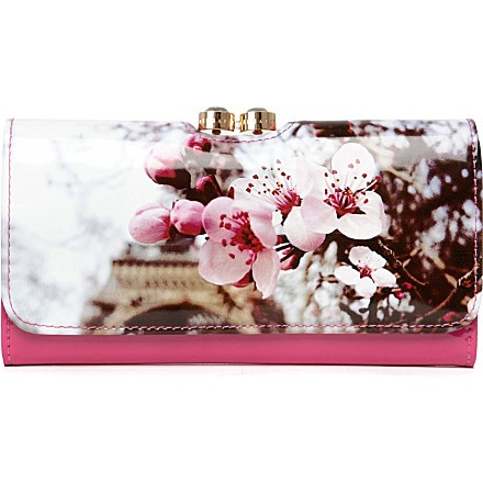 Another Ted baker purse amazing! But they're so expensive :( would love one...